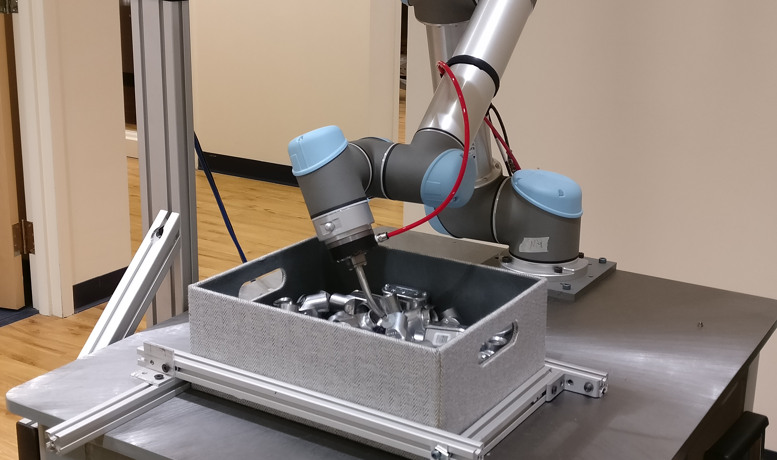 Robotic Automated Bin Picking with Actin - Energid